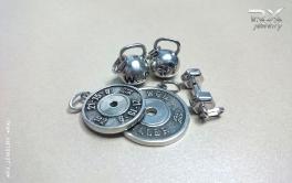 Украшения в виде спортивных снарядов. Серебряные гири, гантели и блины от штанги. #RXj #RX_Jewelry