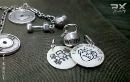 Подарок спортсмену из серебра в фирменной упаковке. #RX_Jewelry #RXj