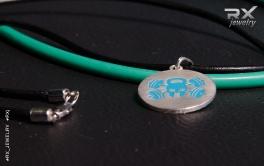 Кулон серебряный на кожаном шнурке. Веселый Роджер. Покрытие холодная эмаль. #RX_Jewelry #RXj